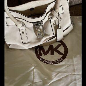 Nice Michael Kors Bag includes Dustcover